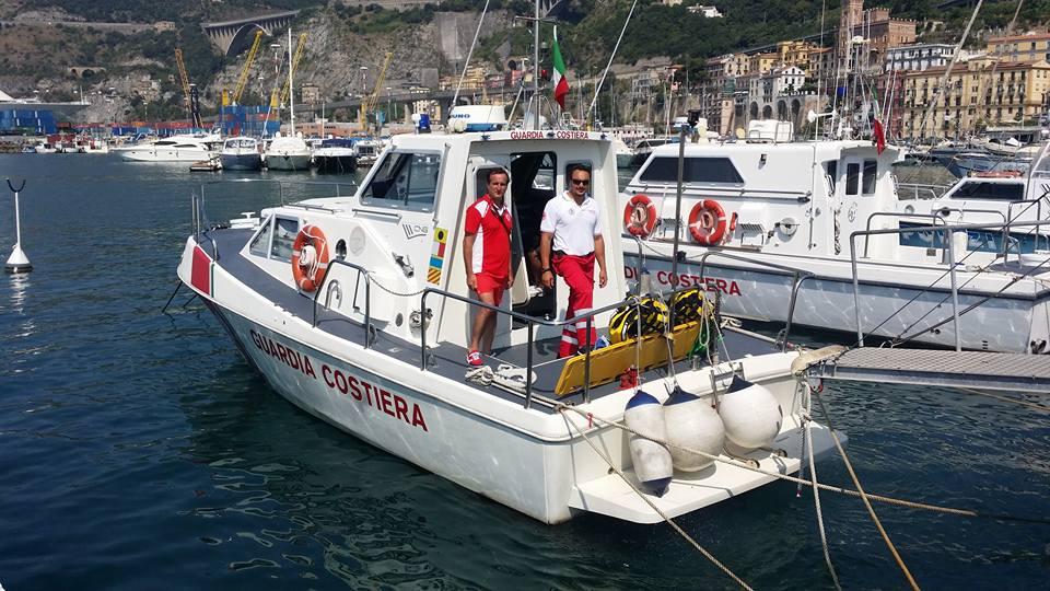 Tre Operatori polivalenti di salvataggio in acqua, a bordo di un mezzo della Capitaneria di Porto